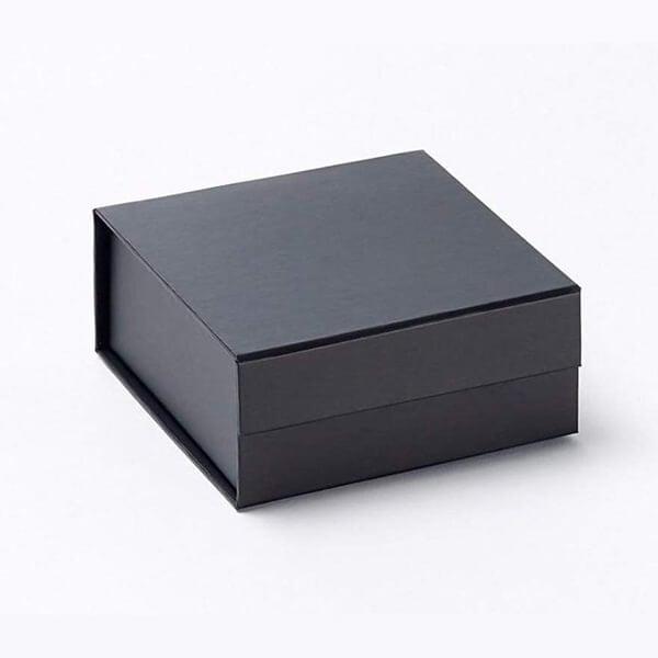 small-rigid-box